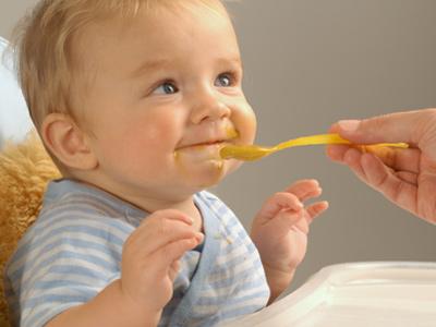 https://momexpert.files.wordpress.com/2015/03/make-homemade-baby-food-1.jpg?w=646